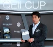 日本參賽馬匹「善得福」的副練馬師Kazuo Fujiwara為該駒抽得第5檔。