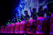 激鼓樂社演奏振奮人心的樂曲,帶動現場熾熱氣氛。