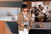日本參賽馬匹「朗日清天」的練馬師池江泰壽為該駒抽得第1檔。